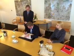 Лиди підписують Гаазьку конвенцію